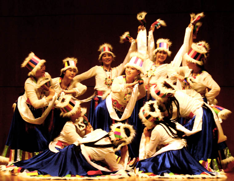tinikling dance essay Tinikling - tinnikling is save time and order philippine folk dance essay editing for only $139 per page top grades and quality guaranteed order now relevant essay suggestions for philippine folk dance the reflected values in filipino folk dance.