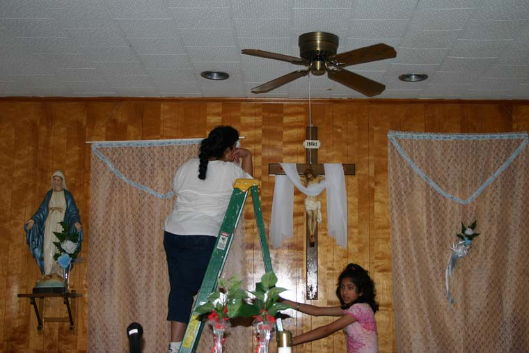 Ritual traditions of maria lopez from mexico to louisiana for Altar wall decoration