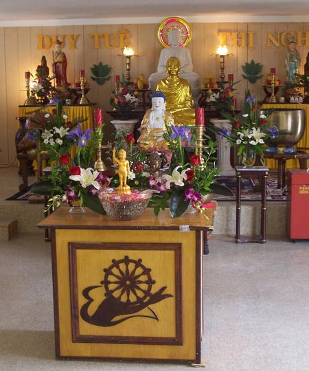 Offerings to Kings and Buddha: Vietnamese Ritual Activities at Chua ...