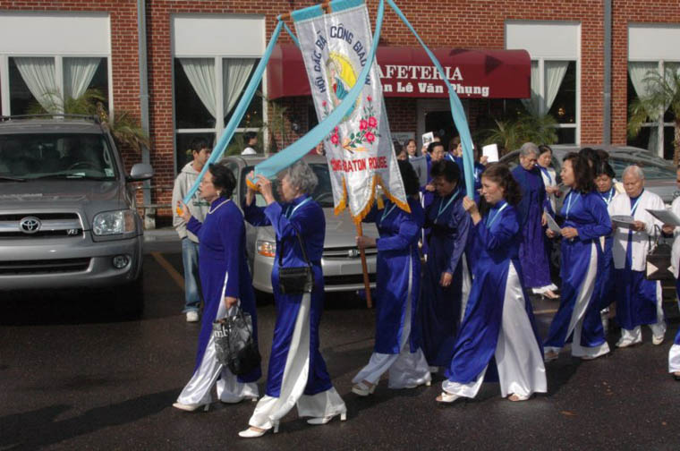 preserving viet se culture and language in southern louisiana  st anthony catholic church serves the viet se community in baton rouge le van phung parish offers services in viet se photo nam phamh courtesy of