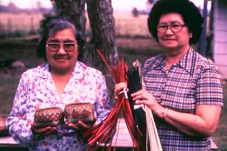 Lydia Darden and Ernestine Walls, Chitimacha Indians, Charenton
